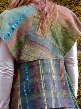 saori autumn vest- back